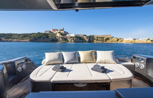 BROKER SPEC CHARTER PERSHING 62